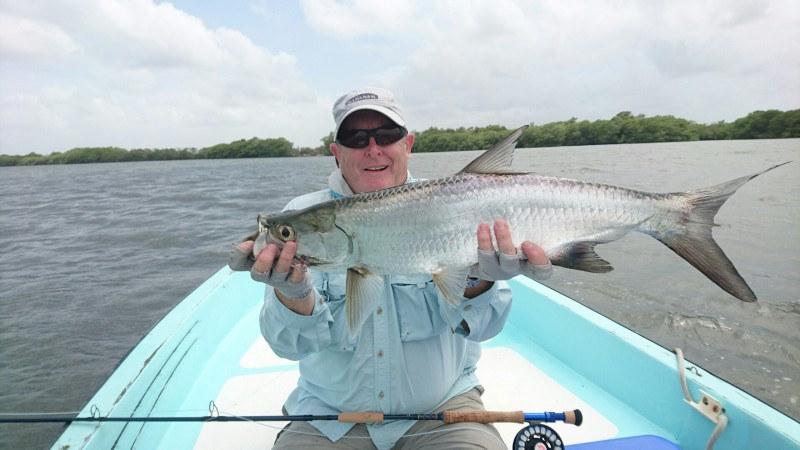 Fly fishing Tarpon Placencia Belize