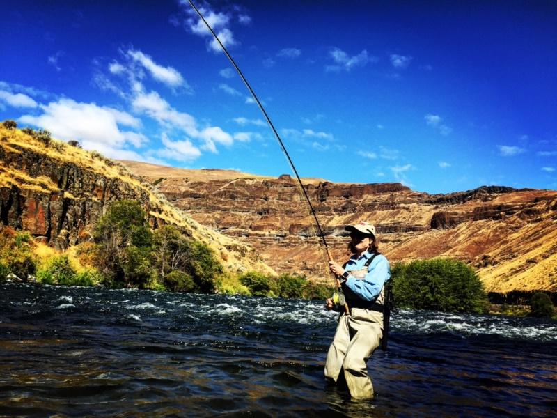 California Oregon fly fishing guides